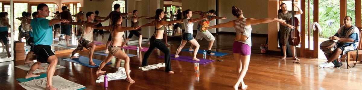 Doce Lunas Yoga Studio